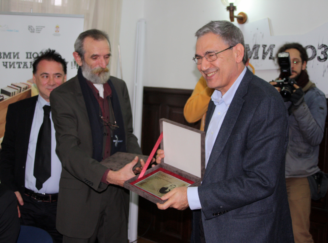 5-zadovoljni-laureat-orhan-pamuk