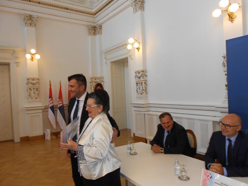 3-ministar-dordevic-upredaje-karticu-penzionerki-anki-copic