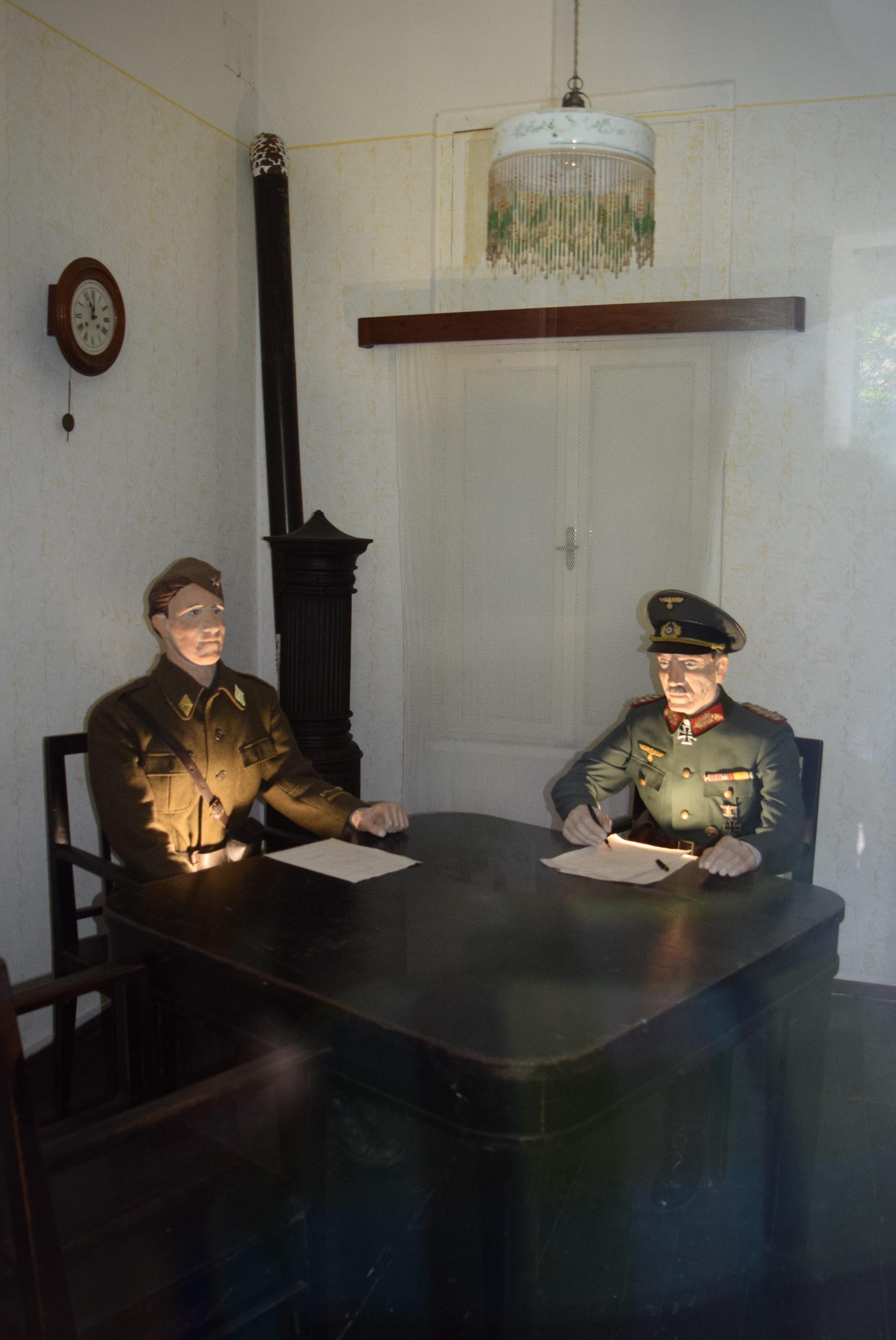 rekonstrukcija-podpisa-kapitulacije-1945