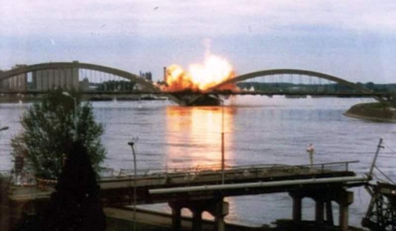 6-tuzno-secanje-23-april-1999-nato-avijacija-bombarduje-most