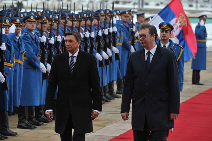 Srbija, Beograd. Uradni obisk predsednika republike Boruta Pahorja v Srbiji - sprejem z vojaskimi castmi.