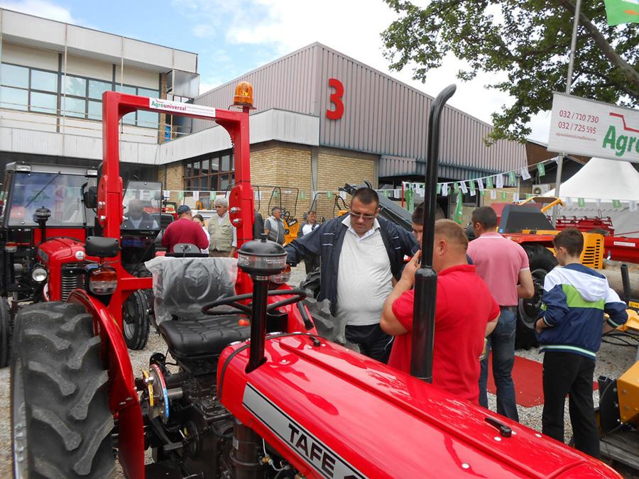 5-traktor-je-uvek-zanimljiv