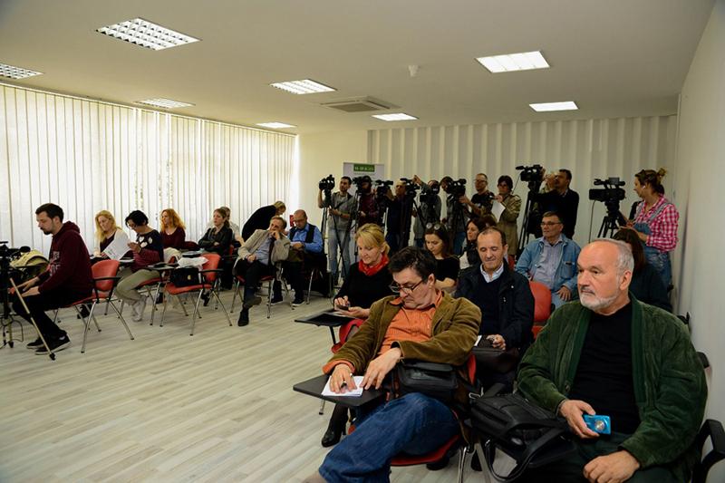 6-detalj-sa-press-konferencije