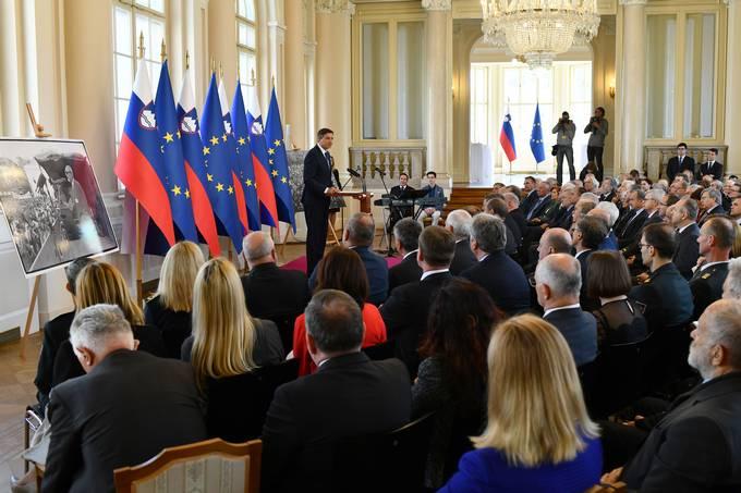 Ljubljana, predsedniska palaca. Predsednik republike Borut Pahor je gostil sprejem ob 30. obletnici Majniske deklaracije z zahtevo po vzpostavitvi suverene drzave slovenskega naroda.
