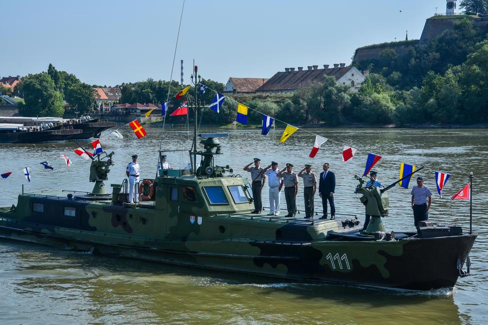 2-flotila-je-opremljena-modernim-plovilima