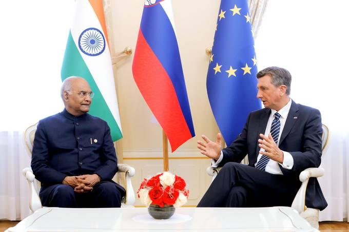 Ljubljana, Predsedniska palaca. Obisk indijskega predsednika Rama Natha Kovinda v Sloveniji. Pogovor na stiri oci med predsednikoma.