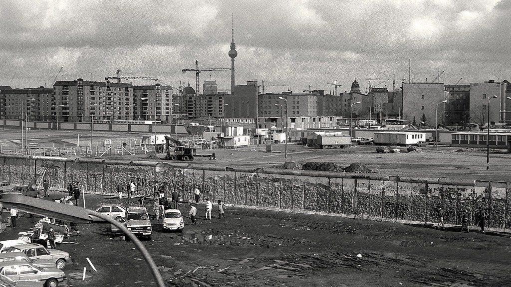 Berlin, 1990