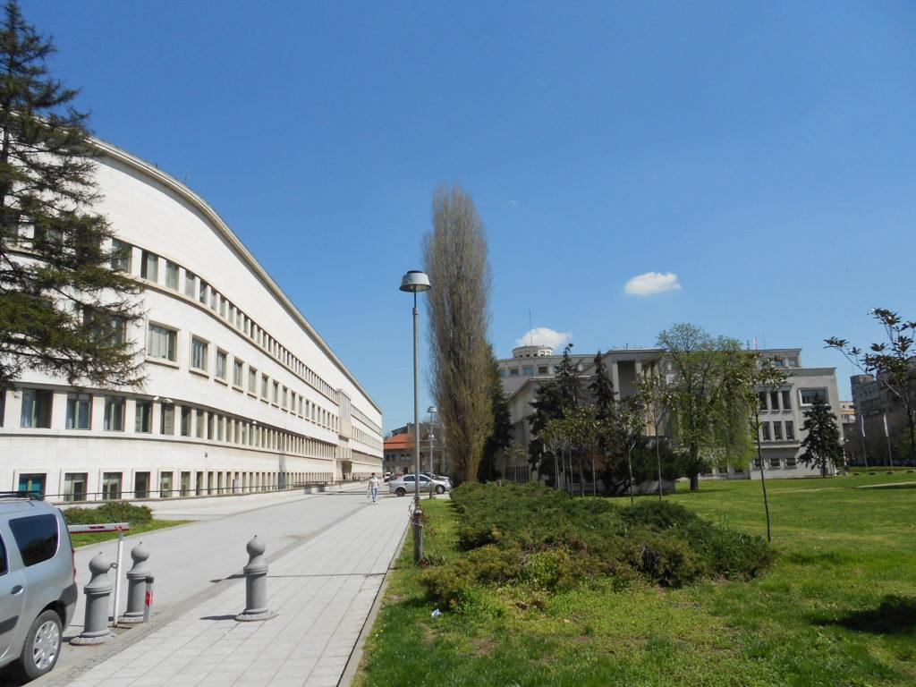 zgrada-pokrajinske-vlade-levo-i-skupstine-vojvodine