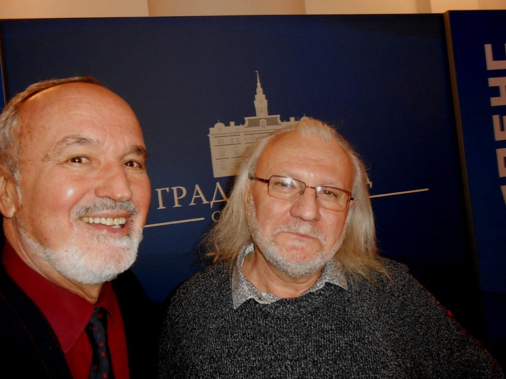 11-urednik-cubranovic-sa-laureatom-i-prijateljem-markovicem